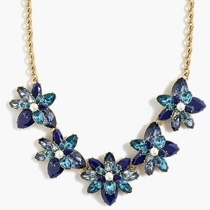 ❄️❄️J CREW CRYSTAL AND PEARL STATEMENT NECKLACE❄️